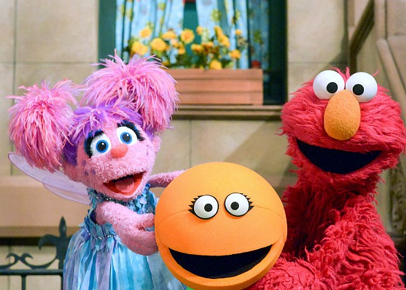 "HBO and Sesame Workshop Bring Beloved Characters to Kids and Families with Traveling ""Sesame Street: F Is for Friends"" Experience at Fashion Show Las Vegas on March 3"