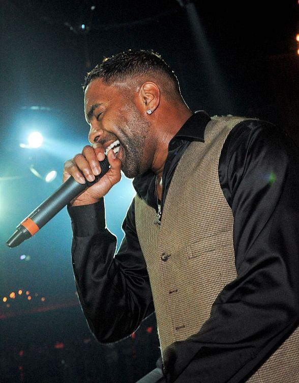 Ginuwine Celebrates Birthday with Live Performance at LAX Nightclub in Las Vegas