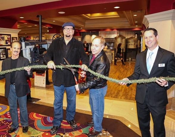 Penn & Teller Lend a Hand in Celebrating the Opening of Hash House A Go Go inside The Rio