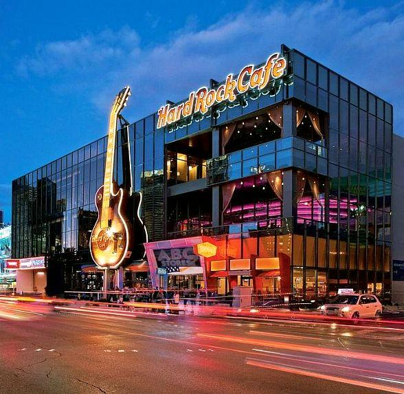 Hard Rock Cafe Goes Bonkerz Serves up Love and Laughs This Valentine's Day in Las Vegas