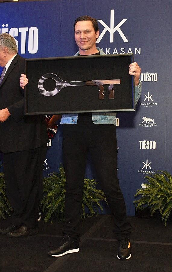 Tiësto Receives the Key to the Las Vegas Strip