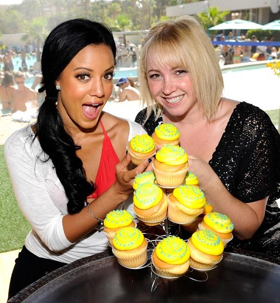 Heather Hemmens and Jennifer Tisdale with cupcakes at WET REPUBLIC
