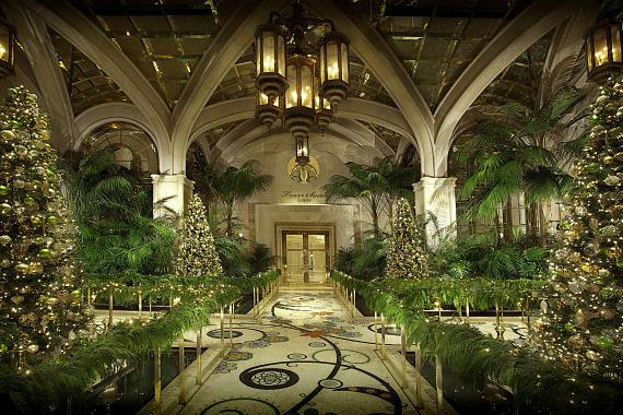 Wynn las vegas and encore unveil holiday d cor for Atrium design and decoration