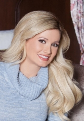 Holly Madison to Serve as Grand Marshal for Opportunity Village's 2017 Las Vegas Great Santa Run