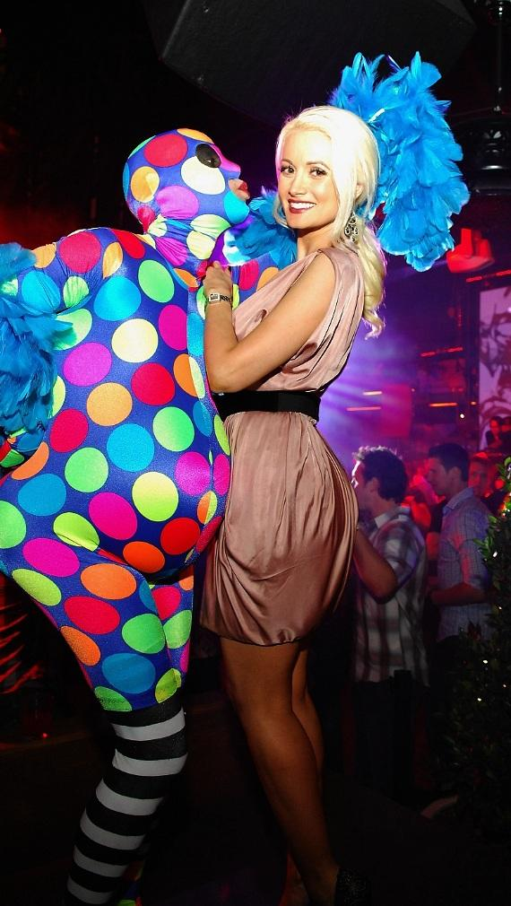 Holly Madison celebrates Memorial Day Weekend at Bazaar on the rooftop at Chateau Nightclub & Gardens