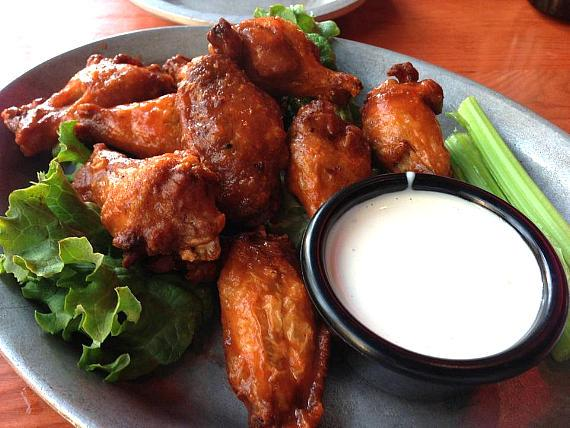 Gilley's Hot Wings