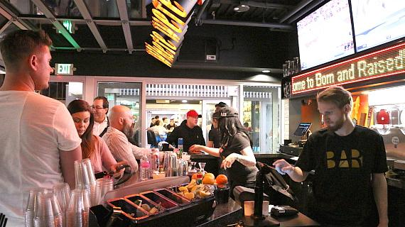 Born and Raised Craft Pub in Grand Bazaar Shops
