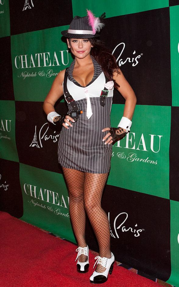 """Jersey Shore"" star Jennifer ""JWoww"" Farley on red carpet at Chateau Nightclub & Gardens"