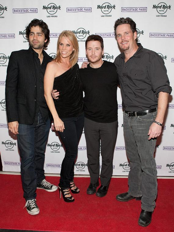 Adrian Grenier, Cheryl Hines, Kevin Connolly and Kevin Dillon