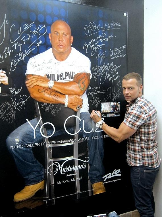 Joey Lawrence signs wall at Martorano's