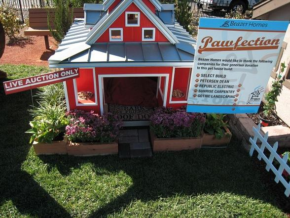 Celebs, Puppy Fashion Show, Pet Mansion Auction Hit Town Square October 17
