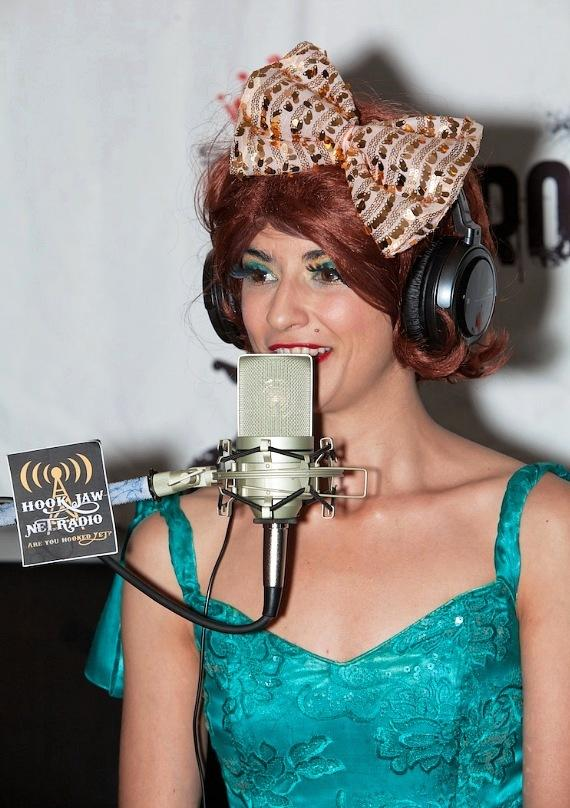 Absinthe star Penny Pibbets interviewed 'On Air with Robert with CC'