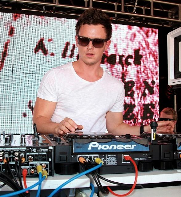 DJ Fedde Le Grand Spins at Encore Beach Club