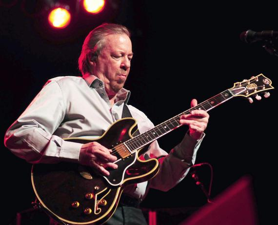 Boz Scaggs performs at Eastside Cannery