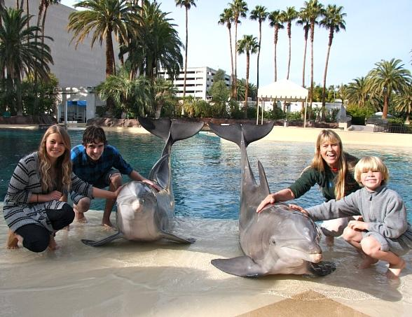 Terri and Bindi Irwin at The Mirage in Las Vegas
