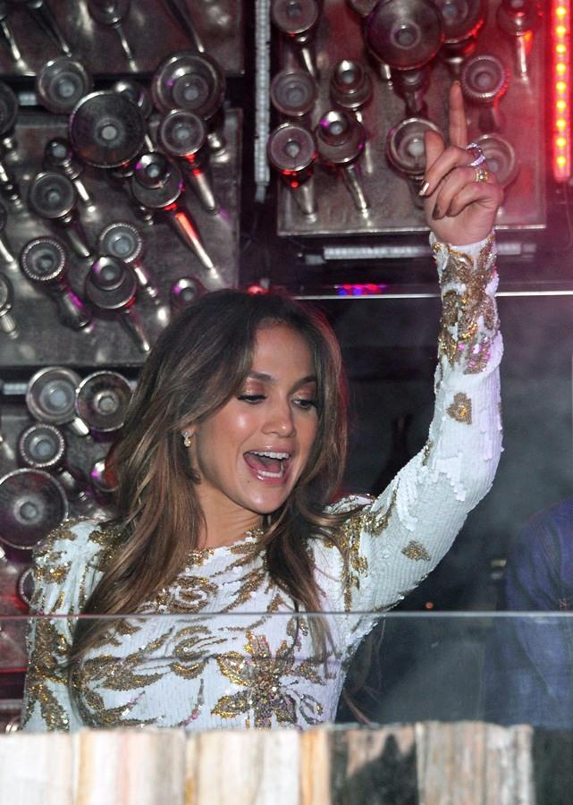 JLO in DJ booth at Hyde Bellagio, Las Vegas