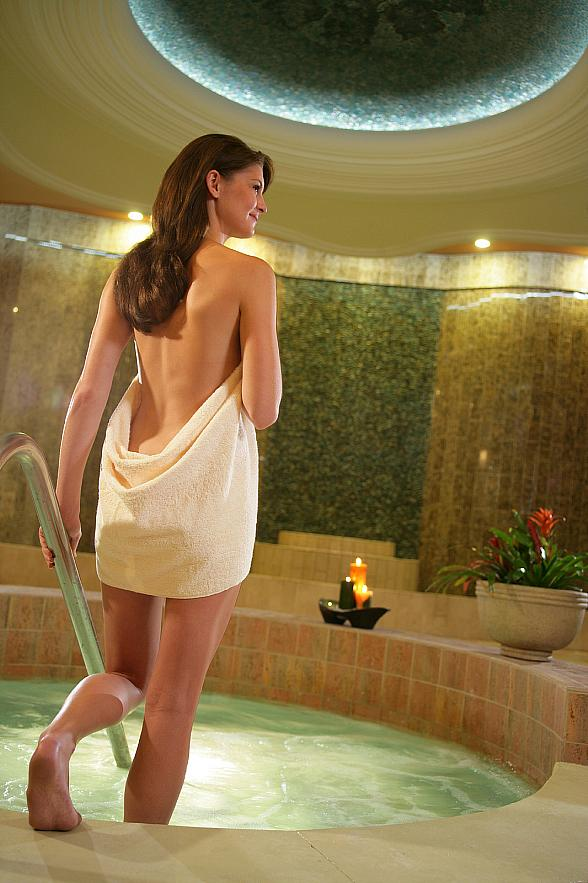 South Point Hotel's Costa del Sur Spa and Salon Blooms into April with Specials Designed for a Spring-Awakening of Mind, Body and Soul