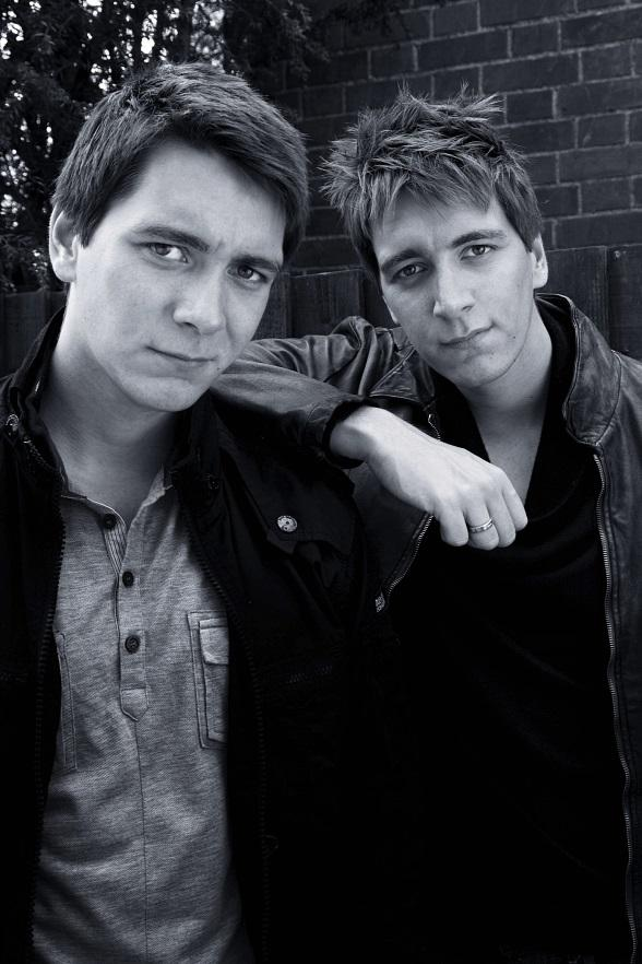 Harry Potter Stars James And Oliver Phelps To Host