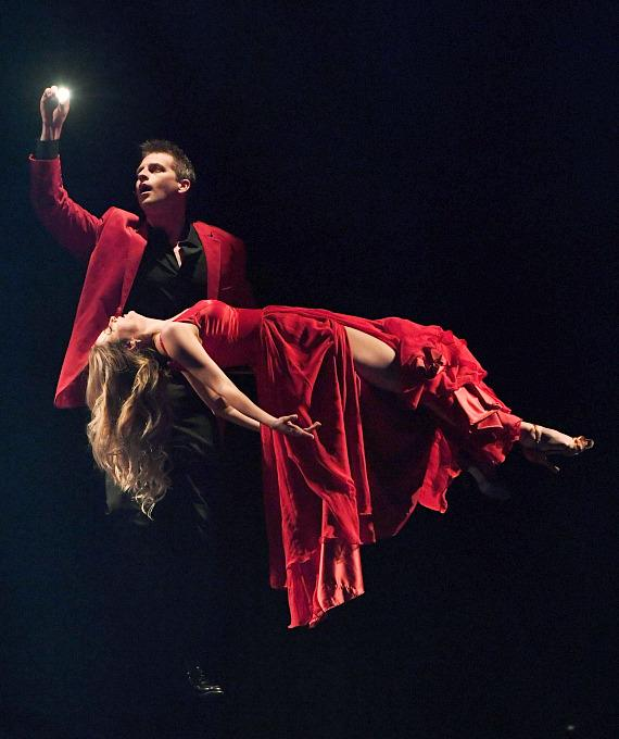 Jason Bird in Masters of Illusion at Bally's Las Vegas_credit Ethan Miller for Masters of Illusion Las Vegas