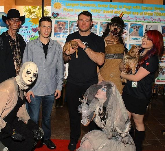 Jason Egan, Forrest Griffin, Heather Collins and Fright Dome actors