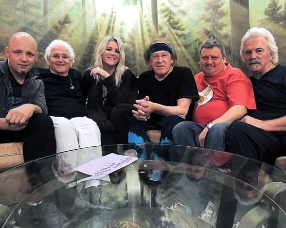 Jefferson Starship Rocks Out inside Veil Pavilion at Silverton Casino Hotel August 1