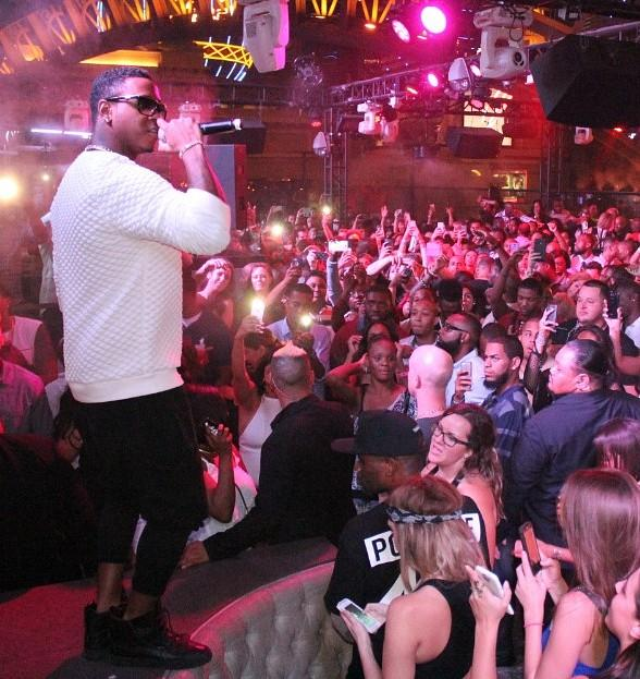 Hip-Hop Star Jeremih Performs at Chateau Nightclub & Rooftop