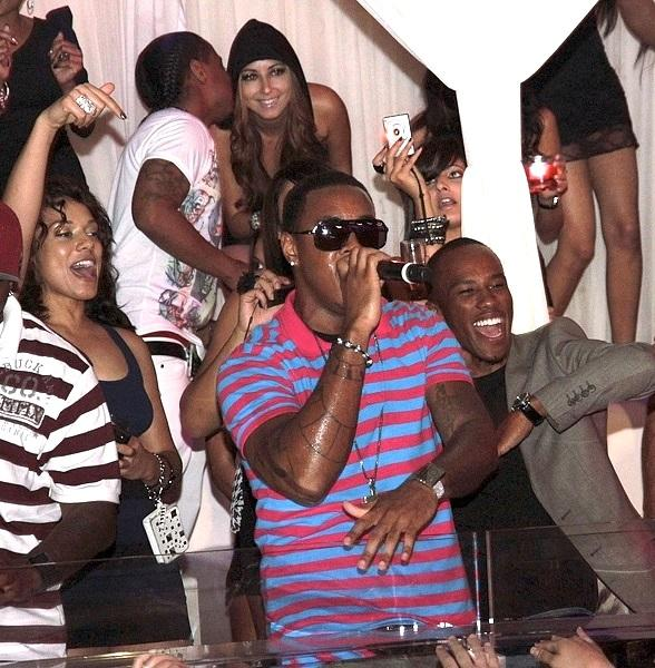 Jeremih Performs at PURE Nightclub