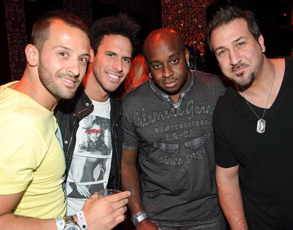 Joey Fatone far right with friends at TAO