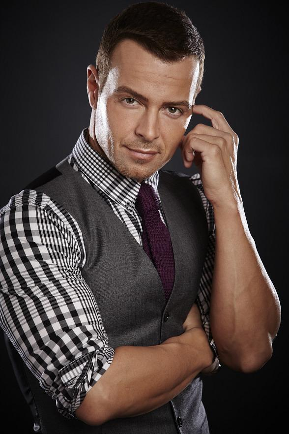"Joey Lawrence Returns to Vegas to Host FREE ""90's Grand House Party"" at the Downtown Grand Hotel & Casino on New Year's Eve 2019"