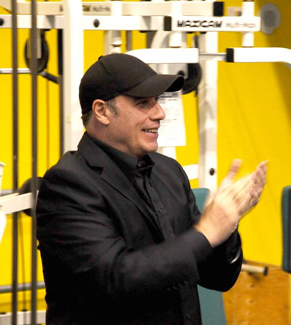 "John Travolta gets Saturday Night Fever at ""O"" by Cirque du Soleil"