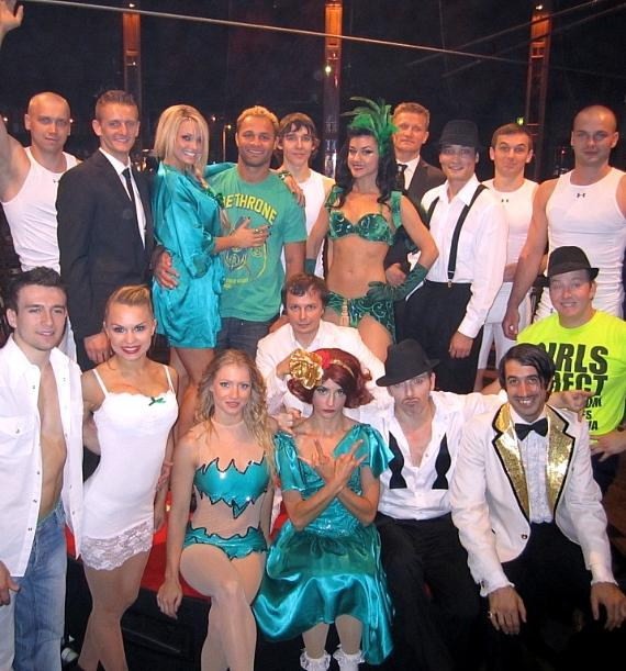 Josh Koscheck with the cast of ABSINTHE