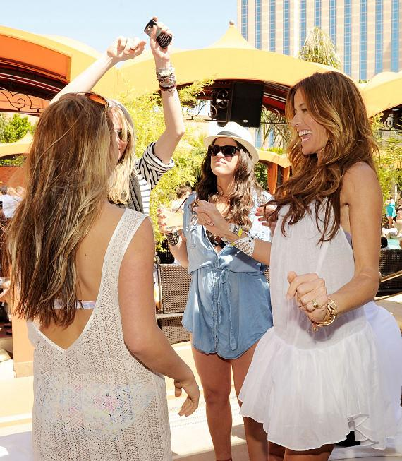 Kelly Bensimon with friends at TAO Beach