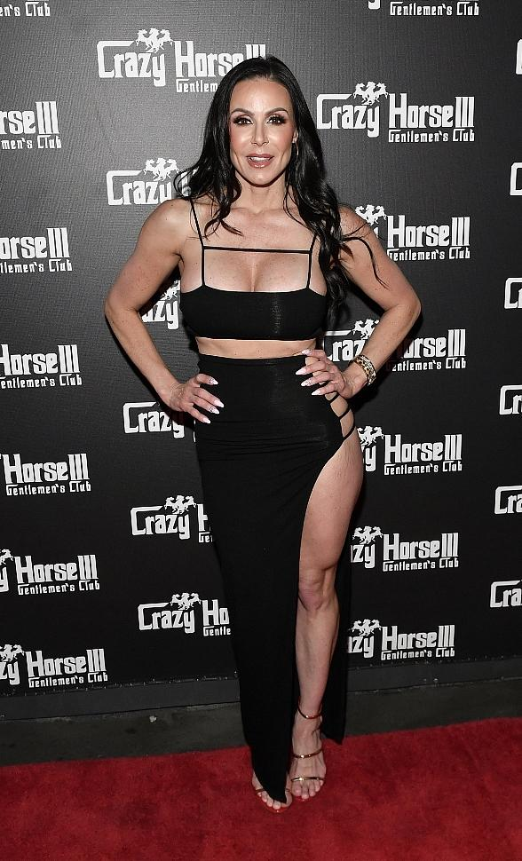 Award-Winning Film Star Kendra Lust to Host Birthday Party at Crazy Horse 3 in Las Vegas