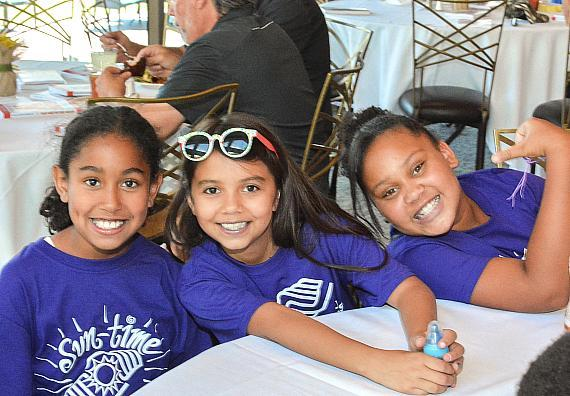 Kids from the Natalie Gulbis Club - Boys & Girls Clubs of Southern Nevada