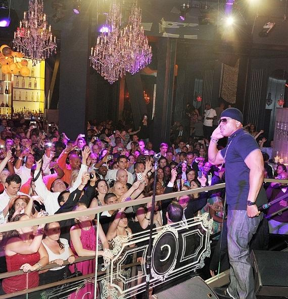LL Cool J and the crowd during his performance at Chateau Nightclub & Gardens