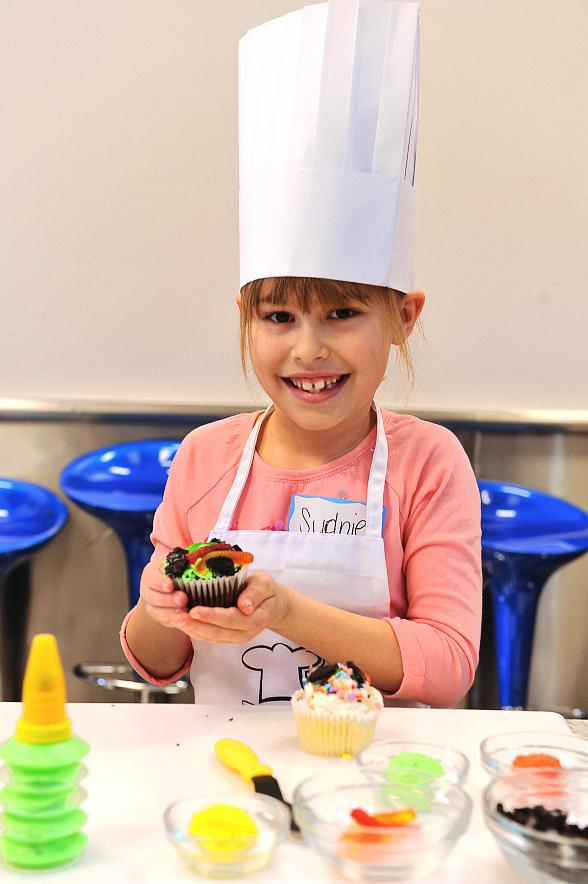 The Cooking Experience Creates an Interactive Kitchen for Young Chefs