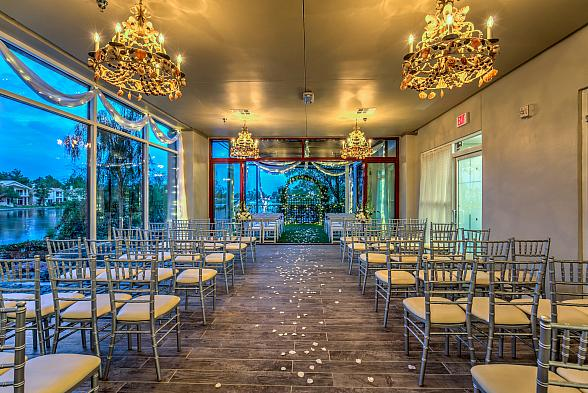 "Vegas Weddings Introduces New Outdoor Venue with ""Vegas Weddings By The Lake"""