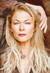 "Country Music Star LeAnn Rimes Brings ""Today is Christmas"" Tour to The Orleans Showroom Dec. 17-18"
