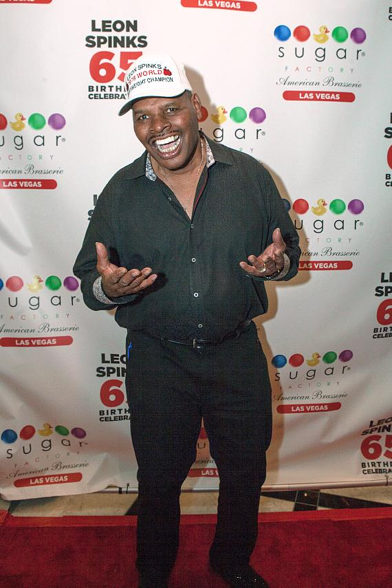 Leon Spinks on red carpet at Sugar Factory