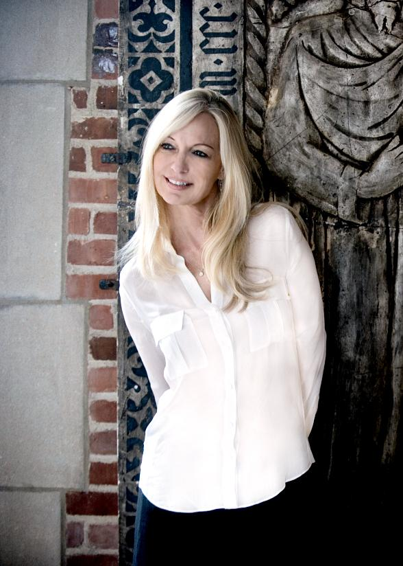 Pianist Lisa Hilton to Perform at The Smith Center May 17-18