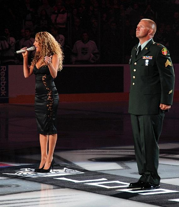 FANTASY Star Lorena Peril sings National Anthem for the L.A. Kings