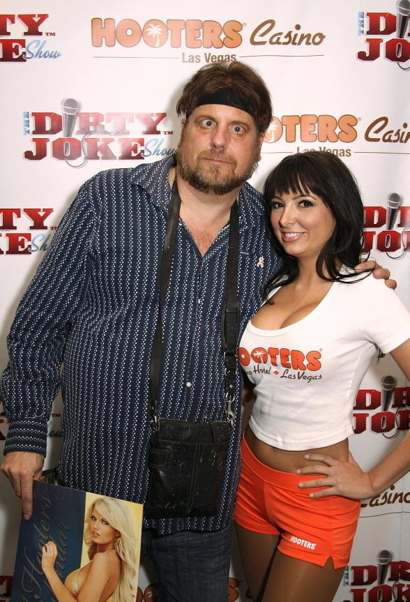 Amazing Jonathan and Valerie (Hooters Girl)