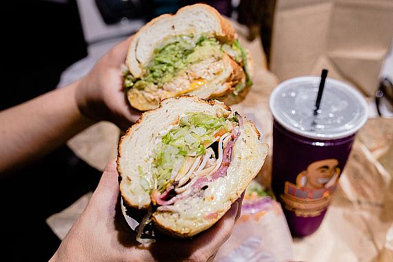 Ike's Love & Sandwiches Debuts Its First Las Vegas Location at Fashion Show Las Vegas
