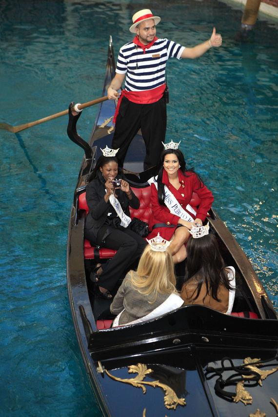 2010 Miss America contestants ride the gondolas at The Venetian
