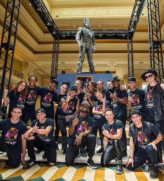 Cast of MJ ONE welcomes Michael Jackson HIStory Statue