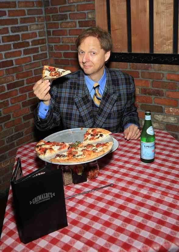 Grimaldi's Pizzeria Partners with Comedy-Magician Mac King for Mac King's Magical Literacy Tour: Back to School 2013