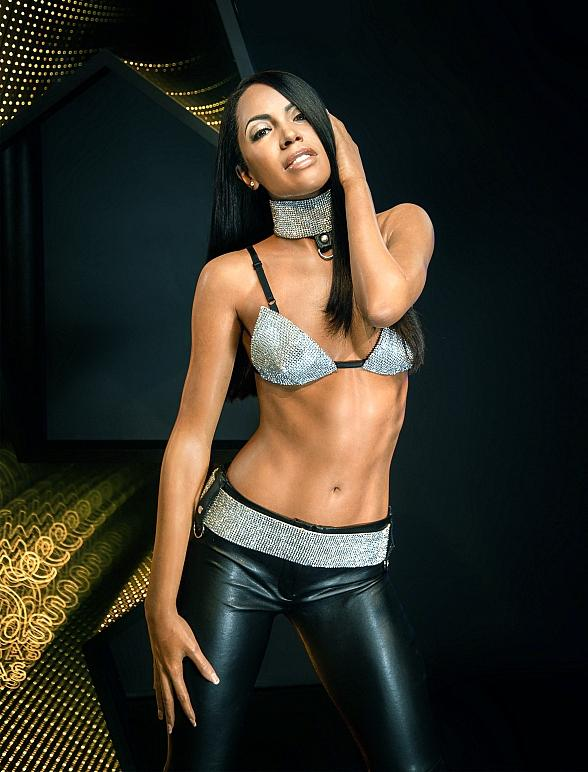 Madame Tussauds Las Vegas Swings with Aaliyah as New Figure Is Unveiled to Room Full of Admirers
