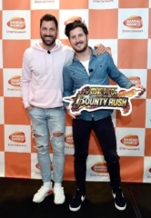 Maks & Val Chmerkovskiy (Dancing with the Stars) Attend Anniversary of One Piece Thousand Storm