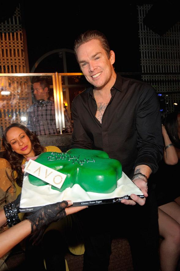 Mark McGrath with cake at LAVO Las Vegas