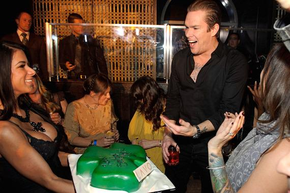 Mark McGrath receives birthday cake at LAVO Las Vegas